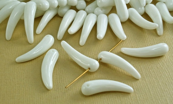 10 Glass Beads Czech Vintage  White Spikes - Teeth - Fangs - Points 6mm wide x 24mm long
