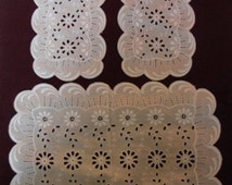Design Dresser Scalloped Edge Vintage Dresser Set Daisy