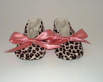 Joannie in Leopard Print Baby Shoes with Dusty Rose Bows size 6  18-24 months OOAK