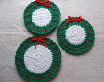 Wreath Hot Pads Coasters Hand Crocheted Vintage Free Shipping