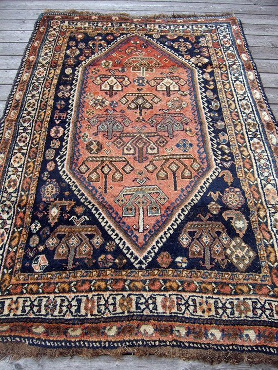 Genuine Handknoted Antique Persian Rug - Qashqai