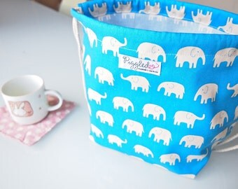 Large Child's Backpack Lunch Bag - Blue Elephants