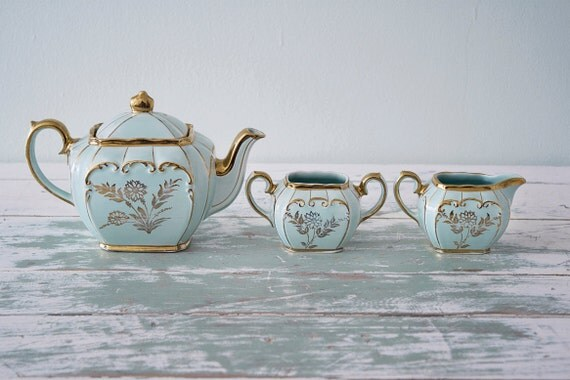Turquoise and gold tea pot, sugar bowl and creamer by Sadler - England