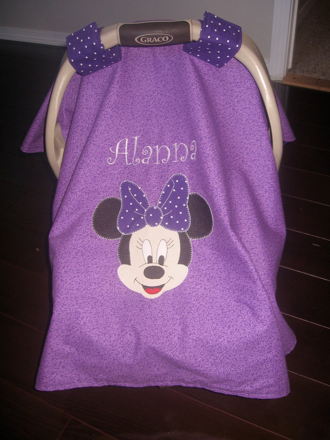 customized minnie mouse car seat cover. Black Bedroom Furniture Sets. Home Design Ideas