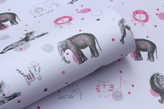 Gift Wrap: 5 x Sheets of Wrapping Paper Animal Circus Design