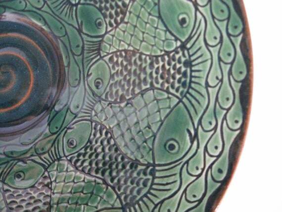 Carved Fish Platter in Forest Green