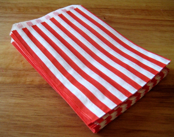 Red Striped Candy Bags - 25 - Paper Sweet Shop or Candy Buffet Bags - 5x7