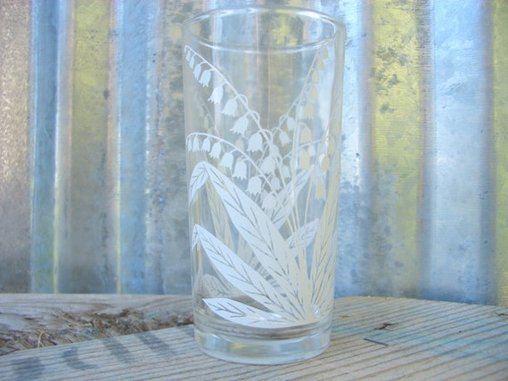Vintage Juice Glass, White Lily of the Valley Design