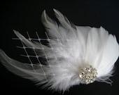 Wedding Bridal White Light Ivory Feather Rhinestone Jewel Veiling Head Piece Hair Clip Fascinator Accessory