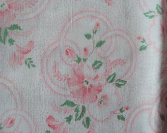 Vintage French Fabric Pink Rosebuds Morning Glory Suitable for Patchwork Quilting Lavender Bags Feedsack Pillow Dolls Clothes