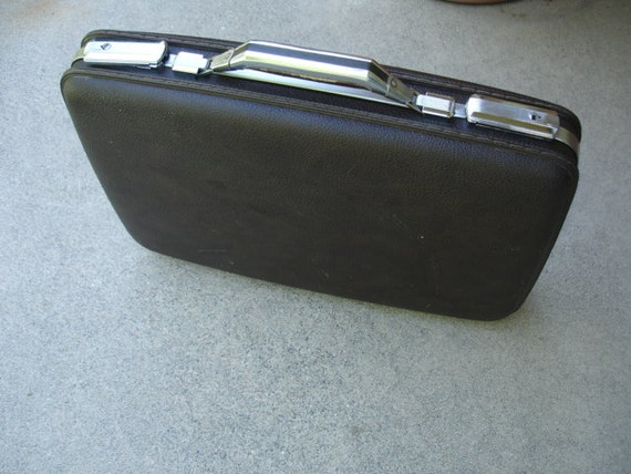 Very Cool Vintage American Tourister Briefcase- Check out all of our Vintage Cases