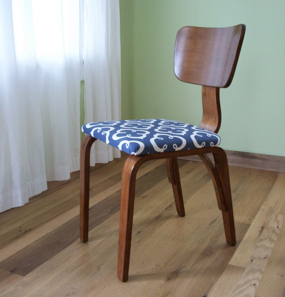 Vintage bent plywood chair ecofriendly by theridiculousredhead