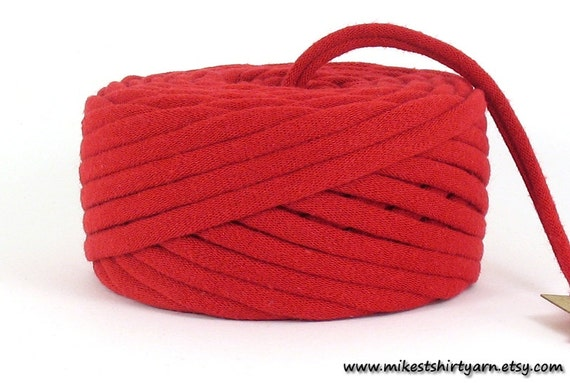 Recycled T Shirt Yarn Red 26 Yards Super Bulky