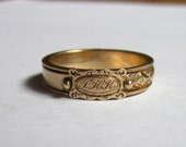 Antique CIVIL WAR Era Mourning RIng with Secret Hidden Hair Compartments