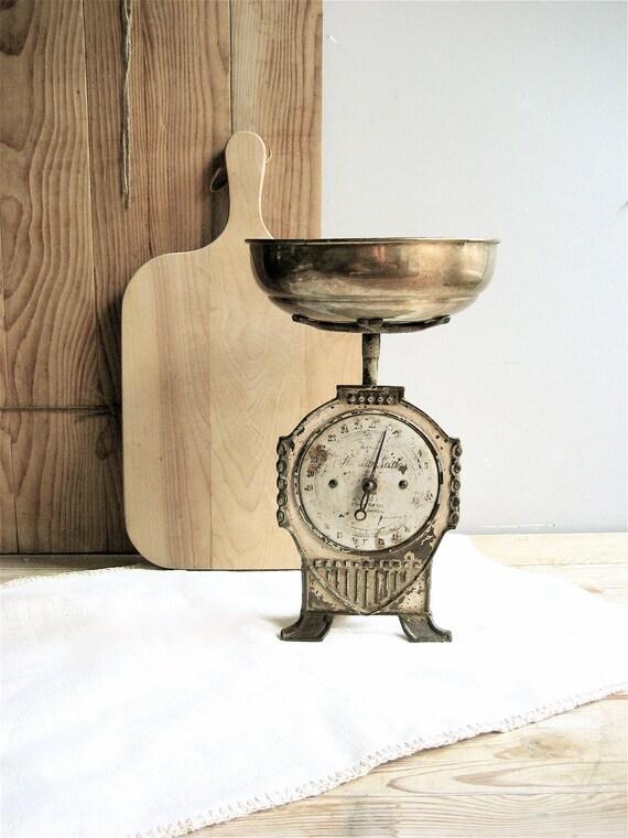 Vintage German Scale