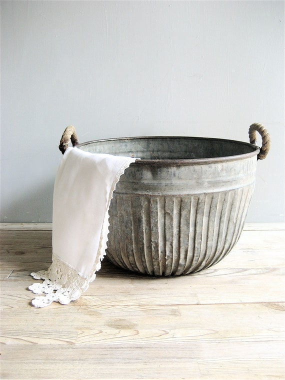 Vintage Metal Bucket with Rope Handles