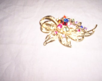 vintage pin brooch multi colored rhinestone