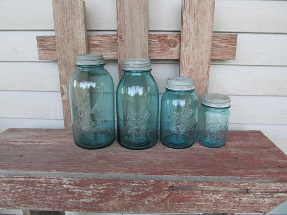 Antigue Blue Ball Perfect Mason canister set