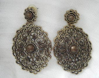 BOLD Wood and Antiqued Brass Filigree earrings