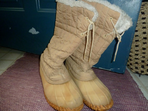Mudkats Tan Winter Duck Boots Size 9