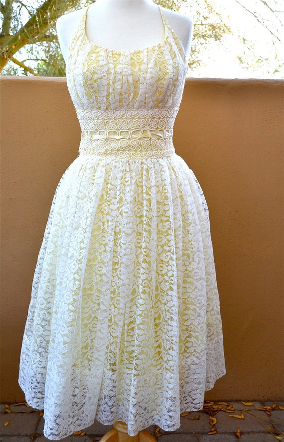 On Hold Please Do Not Purchase  vtg Yellow with white LACE overlay PARTY dress size S