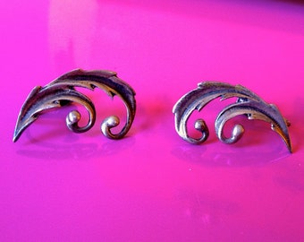 Vintage Sterling Silver Art Nouveau Scroll Flourish Screw Back Signed Earrings
