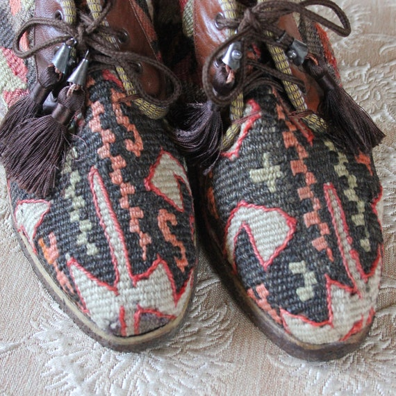 Vintage Woven Wool Kilim Ankle Boots womens size 9.5 mens size 8 Made in Turkey