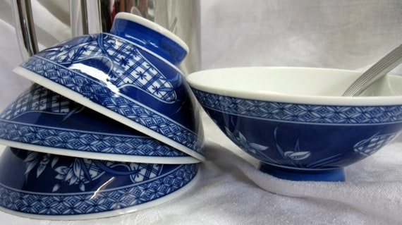 4 Vintage Blue and White Porcelain Rice Bowls