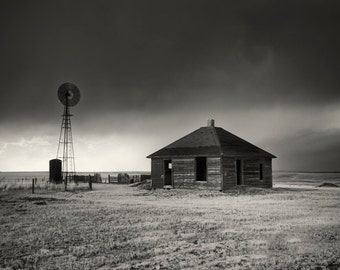 Black and White fine art print of an abandon house in Colorado