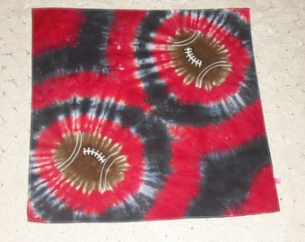 Tie dye bandana in Football in black and red, 250