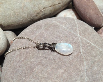 Polar - smooth moonstone and silver necklace