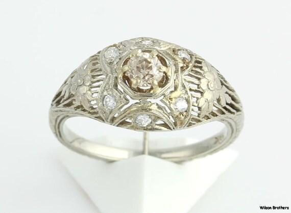 Vintage 18k Gold Filigree .27ct Diamond Engagement Ring