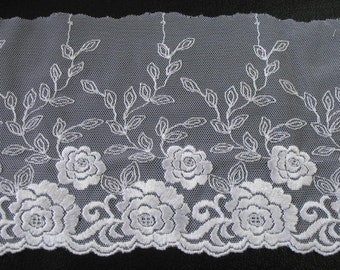 1 yard  VINTAGE  LACE EMBROIDERED  - rayon made in Italy .
