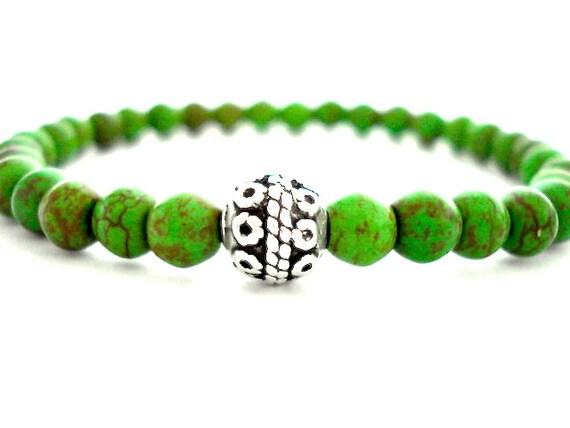 Green Howlite Meditation Bracelet, Green Turquoise Howlite, Silver Handmade Beaded Bracelet