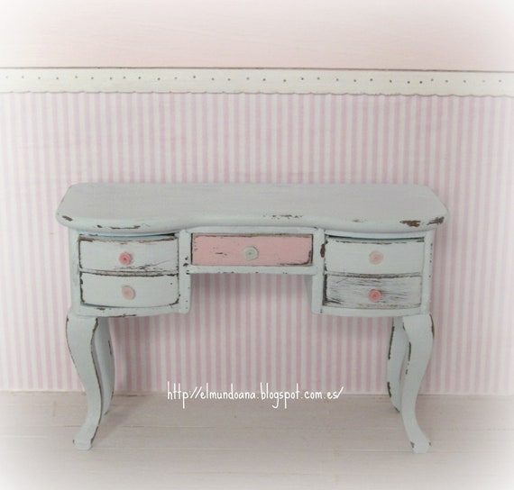 shabby chic furniture . Scale 1.12