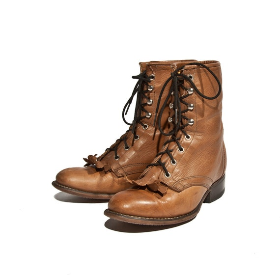 How to wear brown lace up ankle boots