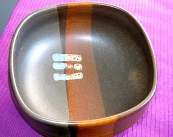Signed J D Ceramic, Art Pottery Bowl. 1970's.   Vintage Brown Glaze.