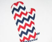 Oven Mitt - Red White and Blue Chevron - Patriotic Pot Holder - Gift Under 20 - pasqueflower