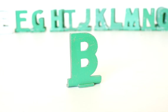 """Vintage Metal Sign Letter """"B"""" (1-13/16 inches tall) with Base - Industrial Decor, Art Supply, and more"""