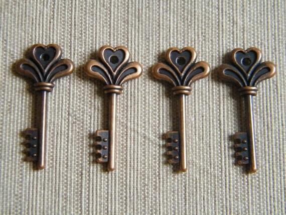 Potter - Skeleton Keys - 10 x Antique Copper Tiny Vintage Keys Skeleton Key Charms