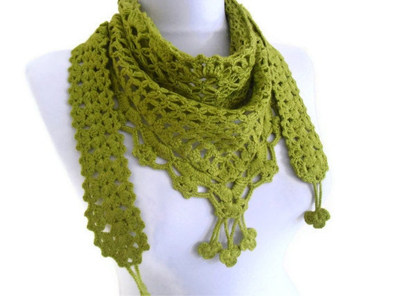 Apple green crochet , scarf,gift, valentine, valentines day, winter trends, fashion, 2012