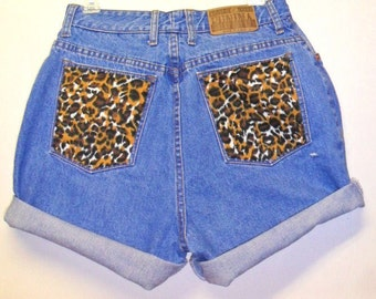 Vintage High Waisted denim shorts -----with Leopard Pockets  ---Waist   28   inches