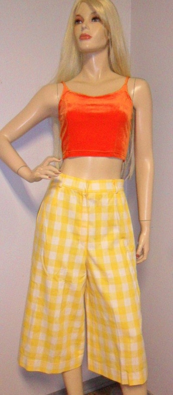 Vintage 60's High Waisted Checker Cropped Gaucho Pants  Waist 28 inches