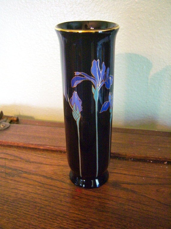 Japanese Vase Blue Iris Otagiri
