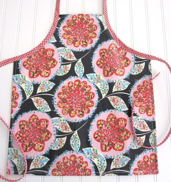 Laminated Apron/Girl/Charisma Midnight/Size Small (3-6 years)/SALE