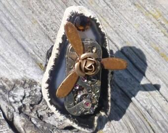Steampunk Ring Grey Druzy Agate w Vintage Watch Movement