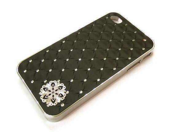 Slim fit Iphone 4/ Iphone 4s case- Black wave pattern with crystals- Free shipping worldwide