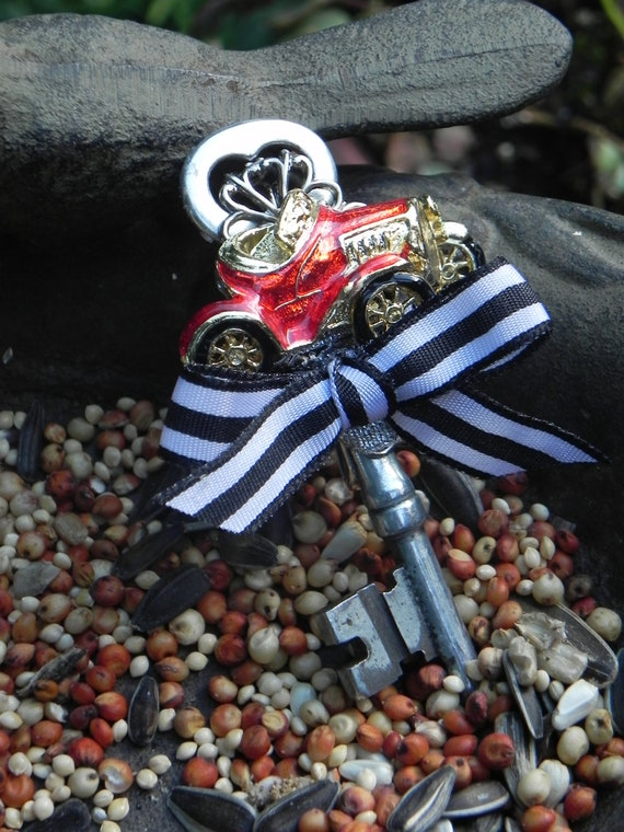 Boutonniere for the Sports Car Groom