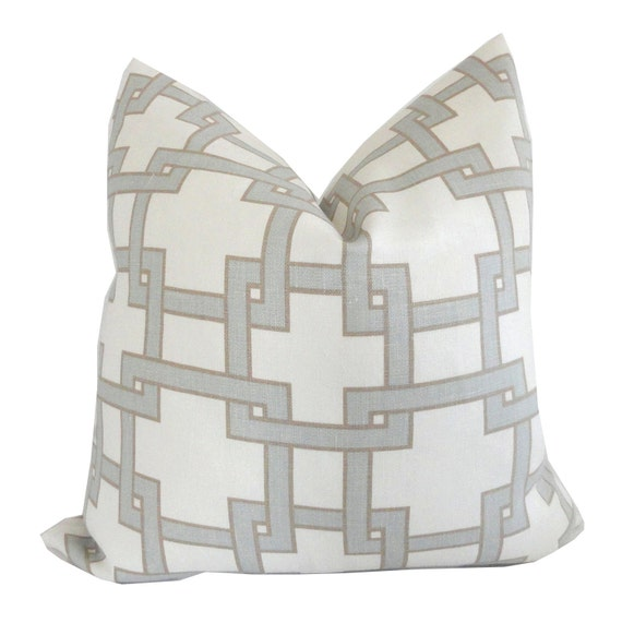 Thom Filicia Citysquare Decorative Pillow Cover 18x18, 20x20, 22x22 or lumbar pillow, Accent Pillow, Toss Pillow, Pillow Cushion