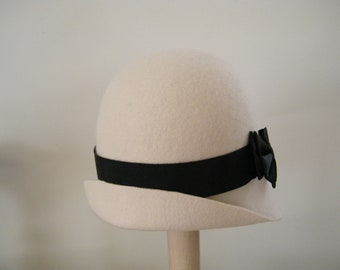 Petite ivory felt cloche hat Downton Abbey,  off white womens winter hat, 20's style hat handmade in Israel Rana Hats